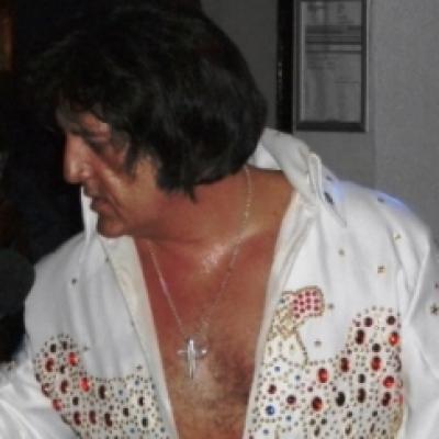 Elvis Live!