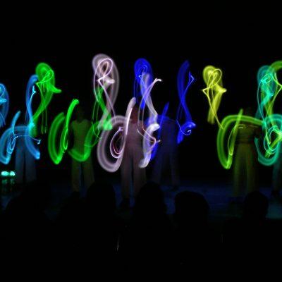 Glow Juggling Show