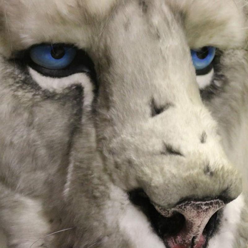 Snow lion live entertainment puppet for hire