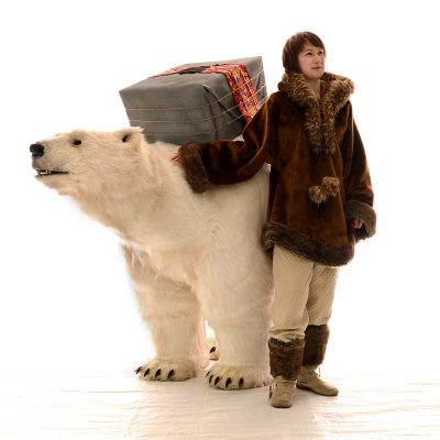 Lifesize Polar Bear