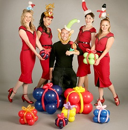 balloon-sculptures-christmas-entertainers